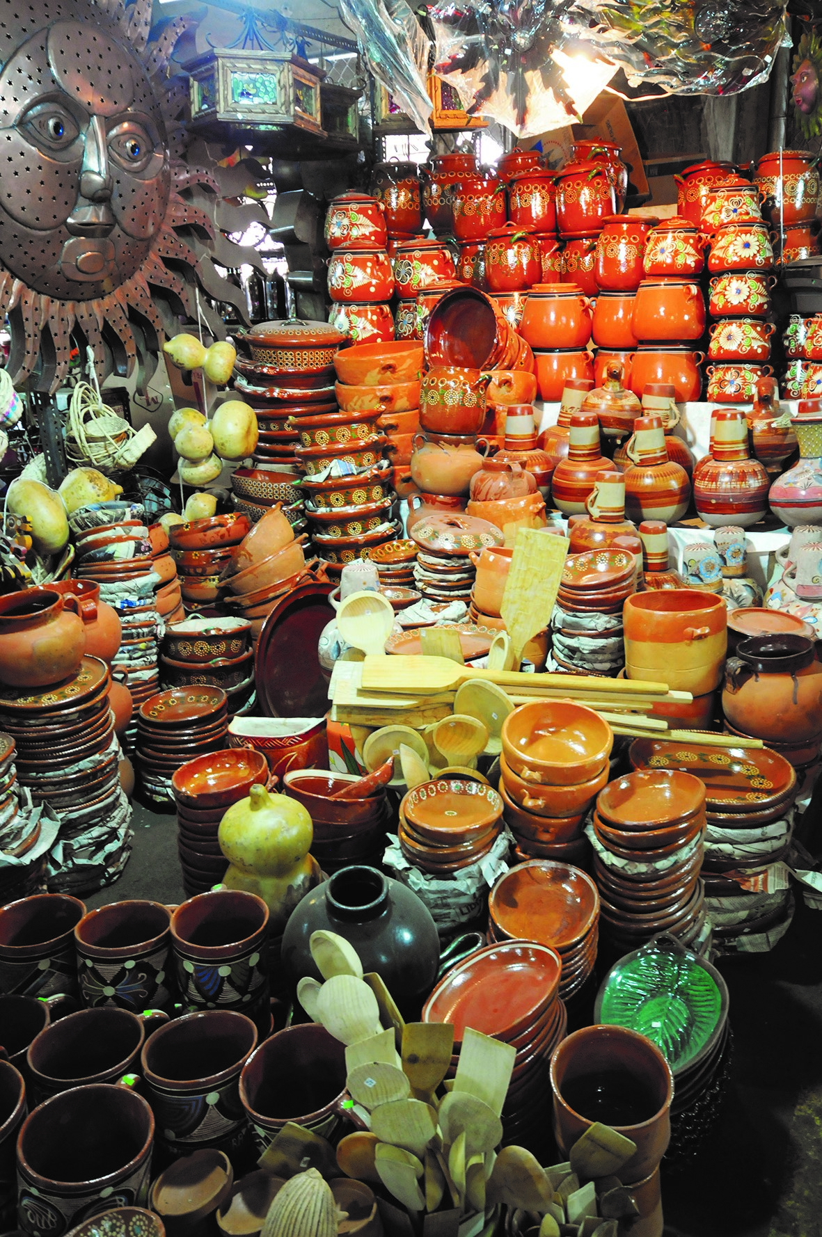Tlaquepaque jalisco riqueza artesanal cultural e for Taller de artesanias