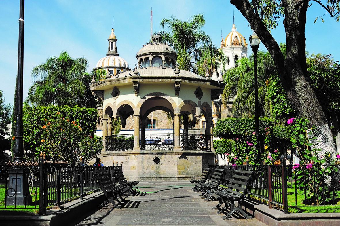 Tlaquepaque jalisco riqueza artesanal cultural e for Jardines la cartuja el puig