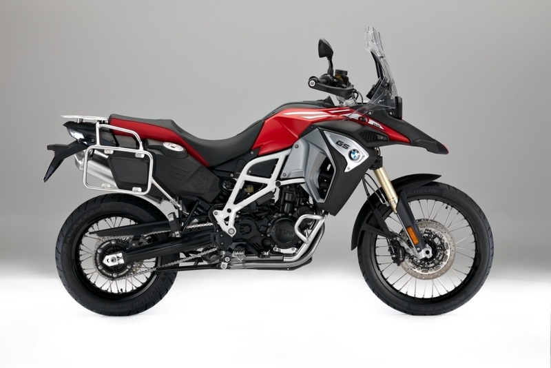 2017-bmw-f800gs-motorcycle-buyers-guide-1