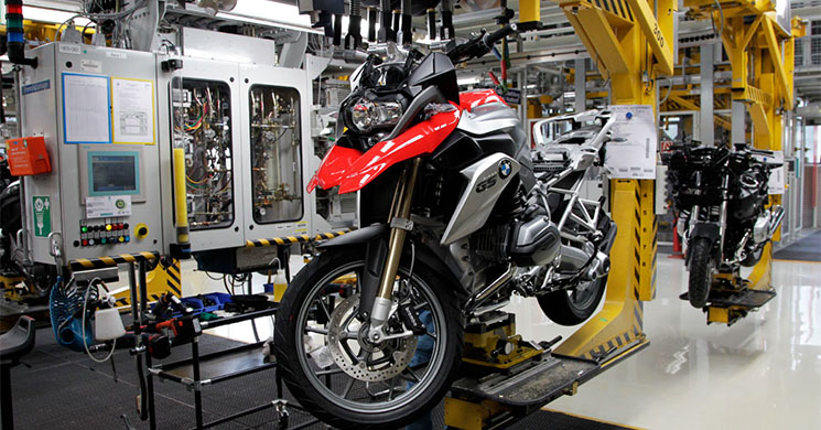 bmw-motorrad-factory