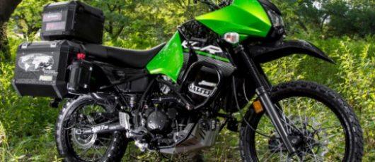 ¿Sabes cuales son los accesorios ideales para tu moto a la hora de viajar?