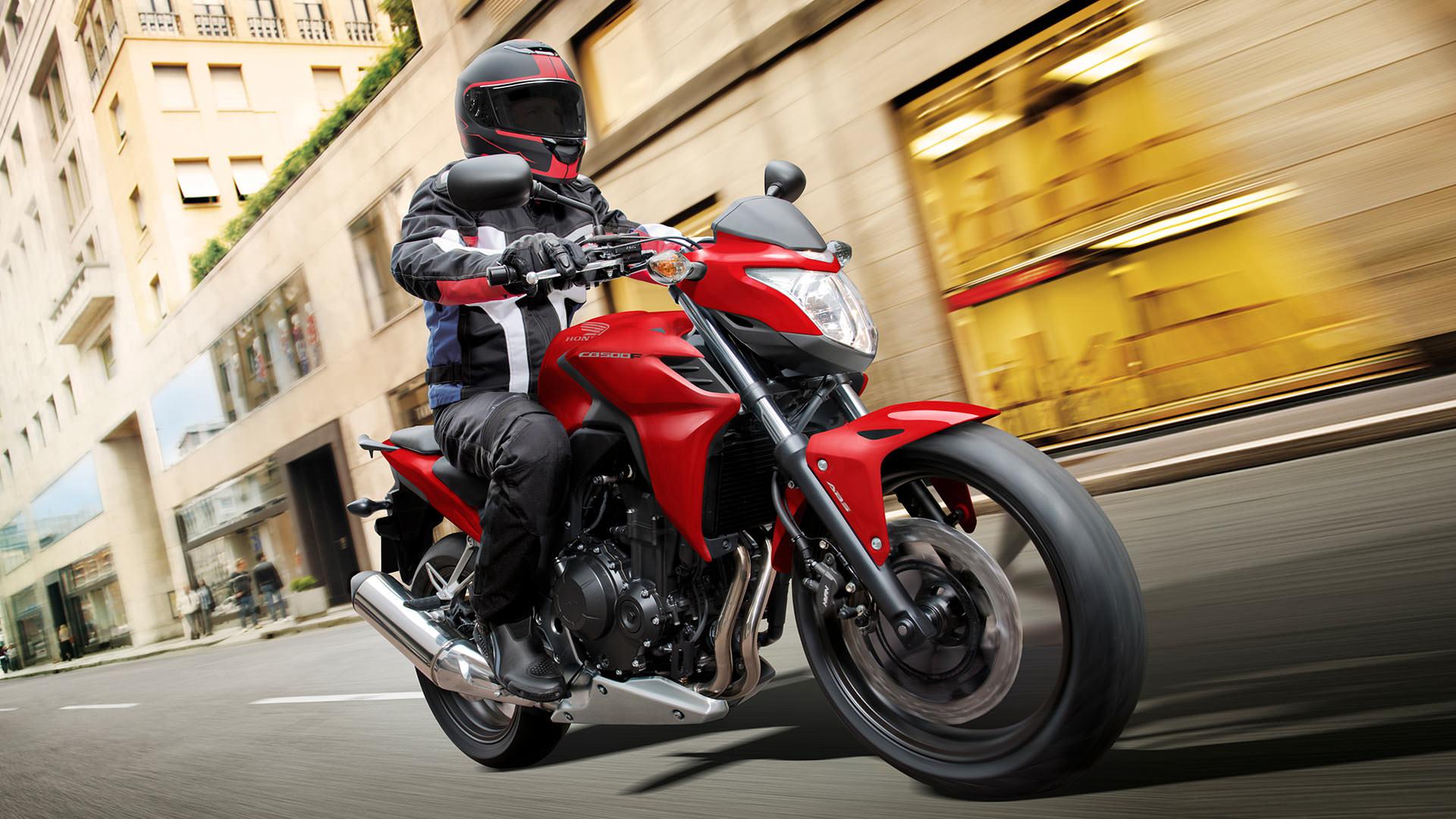 Que no te pase tres graves errores de los motociclistas for Que represente 500 mo