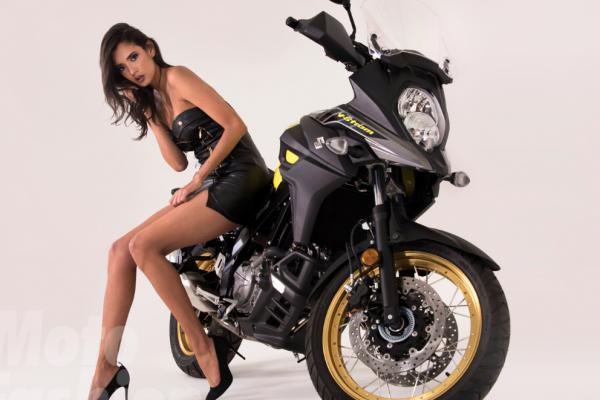 Engalana Daniela Aguilar pasarela de Moto Fashion 2018